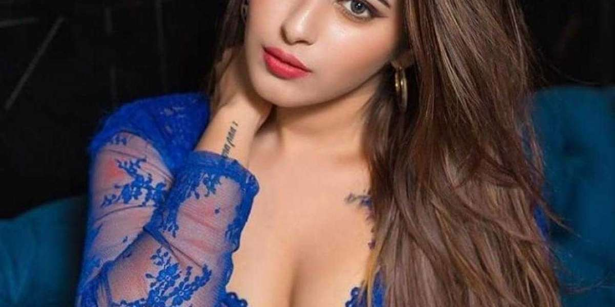 Lucknow Escorts Service want to land with you on bed
